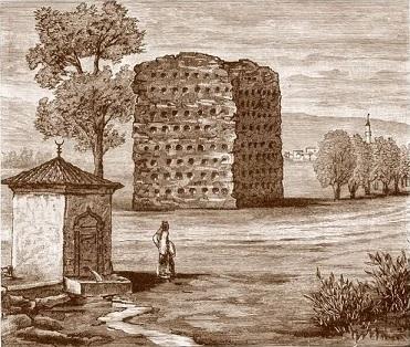 La tour des crânes en Serbie ...