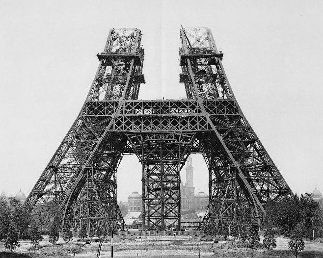 tour eiffel  contruction 1888