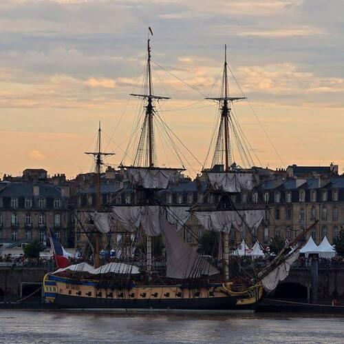 l'HERMIONE quai Richelieu