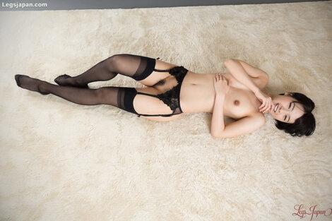 WEB Gravure : ( [Legs Japan] - |2017.08.18| Ai Mukai/向井藍 : Garter & Stockings Masturbation )