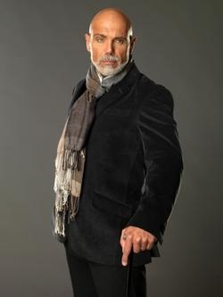Bernardo Del Castillo ( Manuel Landeta)