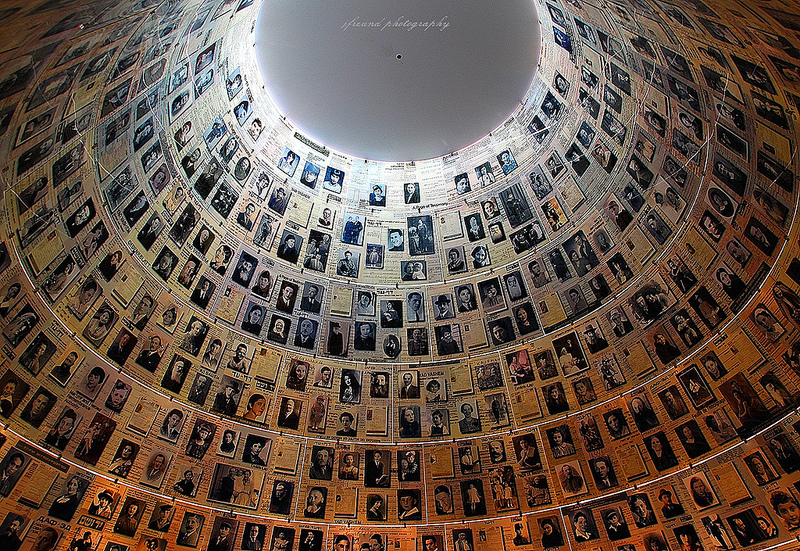 AUSCHWITZ ( photographies - color ) -