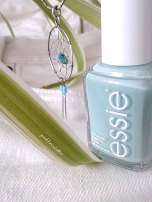 Vernis Esiie Mint candy apple