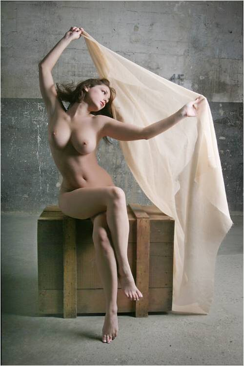 FANTASTIC NUDE PICTURES by SHARPS  avec Chantal