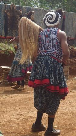 Les Costumes de cérémonoes Traditionnelles