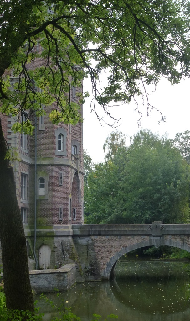 Le château de Bourgogne à Estaimpuis (Belgique)