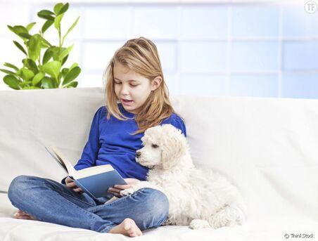 """Résultat de recherche d'images pour """"enfant qui lit avec chien"""""""