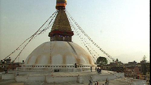La longue marche ou le secret du grand stupa (Népal) –