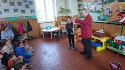 le magicien Rubéca nous dévoile son métier et quelques tours