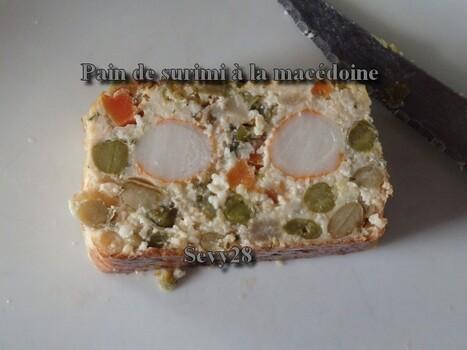 Pain de surimi a la macédoine