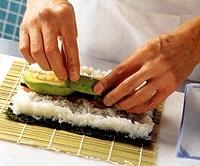 recette maki saumon avocat 4