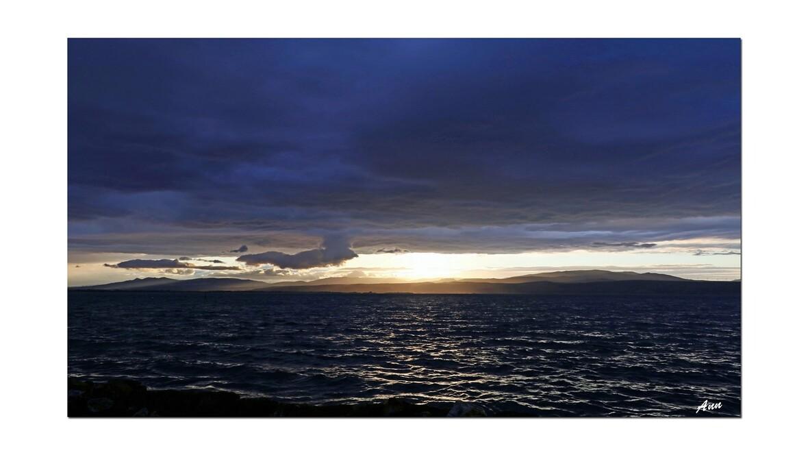 Les couchers de soleil se suivent et ne se ressemblent pas