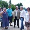 Pierre Arditi et l'équipe municipale