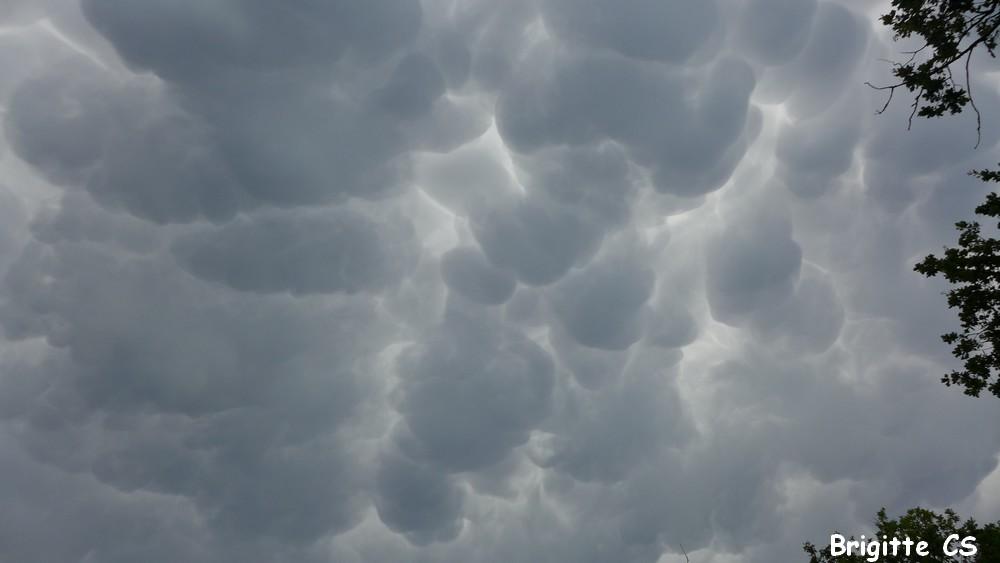 Dimanche 2 juillet 2018 : un ciel étrange au dessus du Bassin d'Arcachon...