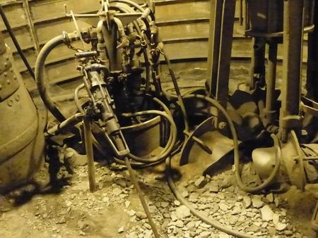 Travail dans la mine