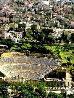 """JORDANIE : Amman son origine et son théâtre romain """"Odéon"""" en plein cœur de la ville"""