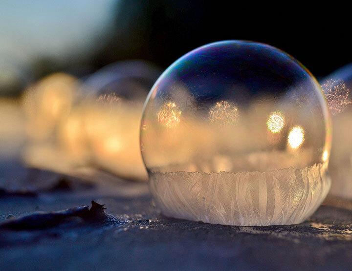 des-sumbliles-bulles-de-savon-gelees-par-le-froid4