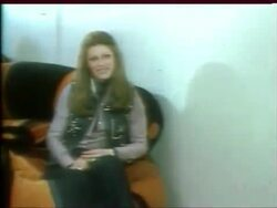 15 avril 1977 / AUJOURD'HUI MADAME