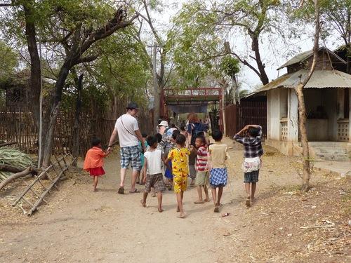 beaucoup d'artistes dans ce petit village
