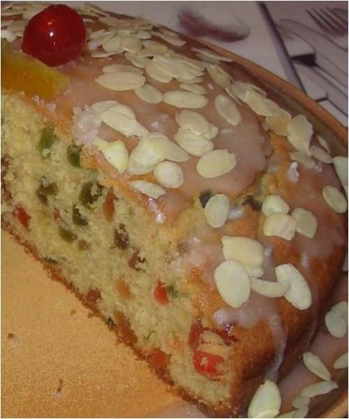Recette de cuisine : Gâteau aux fruits confits