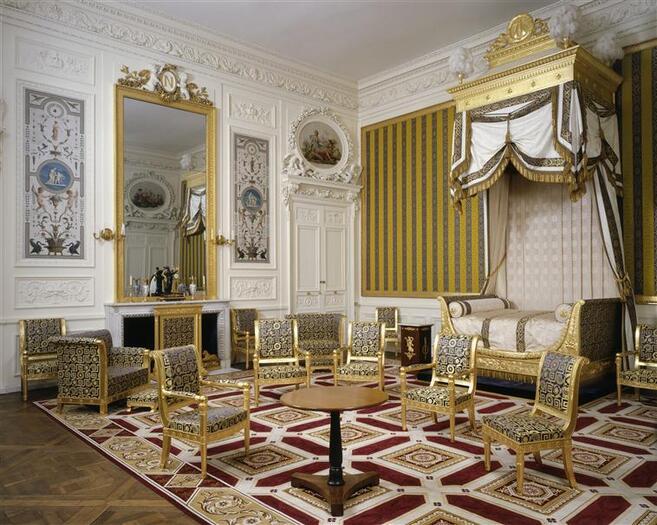 La chambre de l'appartement du roi de Rome, ancienne chambre de Marie-Antoinette, restituée aujourd'hui dans son état Premier Empire