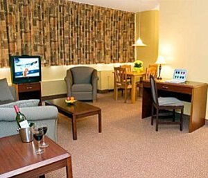 chambre-living hotel La Tour Montreal