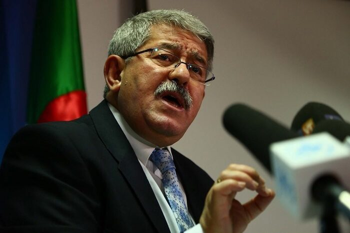 Quand le premier ministre algérien Ouyahia fait appel aux Pieds-noirs pour aider l'Algérie… mais les harkis ne sont toujours pas les bienvenus…