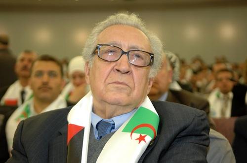 Lakhdar Brahimi : « le départ d'un régime ne peut se faire du jour au lendemain »