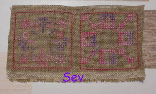 Biscornu Rose et violet