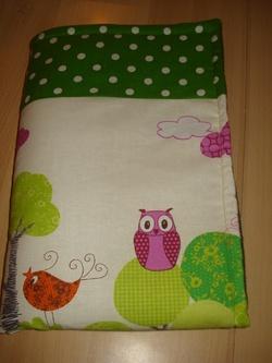 Une couverture douillette pour petits petons ...