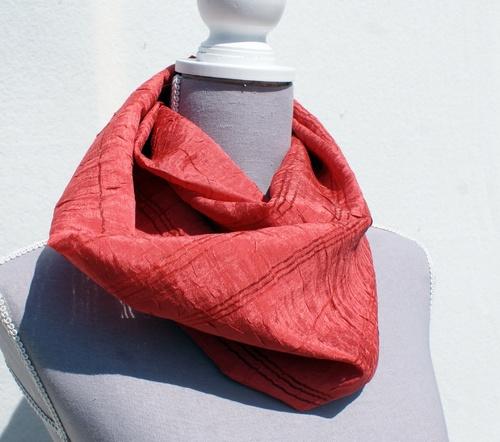 Echarpe tube en polyester couleur brique