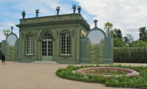 Versailles Trianon pavillon frais trompe-l'oeil 5