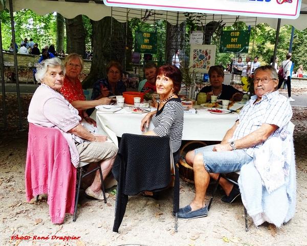 Le forum des Associations Châtillonnaises dimanche 12 septembre sur le site de la Douix, un reportage de René Drappier...