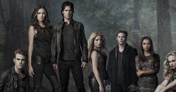 100) série TV Vampire Diaries