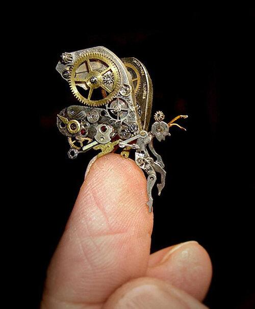 de-vieilles-montres-a-gousset-recyclees-et-transformees-en-detonnantes-sculptures21