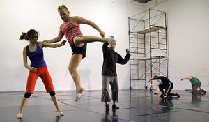 dance ballet class movement class