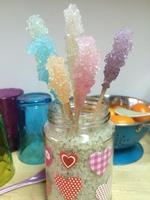 Les sucettes pastelles cristallisées