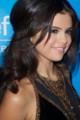 ÉVÉNEMENT : Selena au Snowflake ball