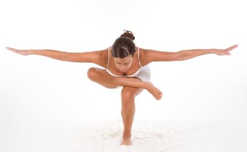 3. Arbre équilibre debout
