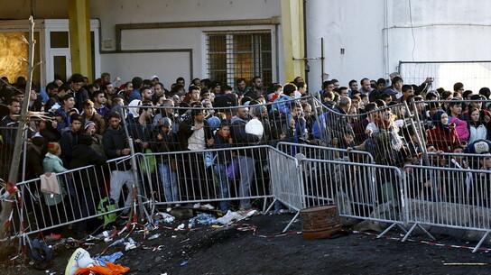 Des réfugiés souhaitant entrer en Autriche depuis la Slovénie