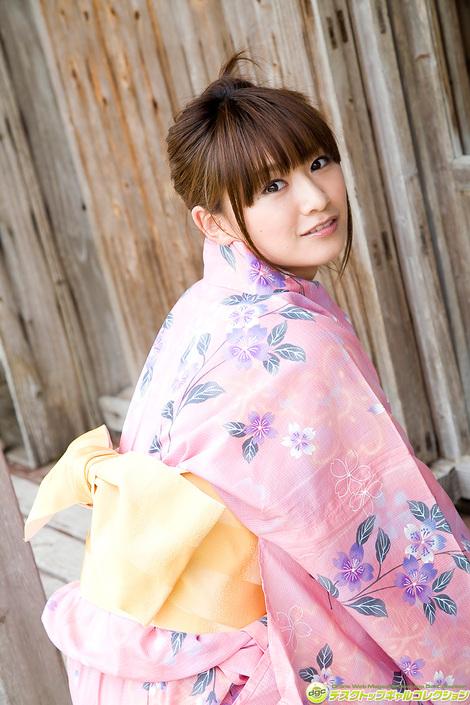 WEB Gravure : ( [DGC] - | 2016.01 | Natsumi Kamata/鎌田奈津美 : 超キュートなスマイルにキュートなお尻! )