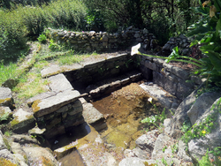 Bretagne mai 2014 - Plogoff - La fontaine
