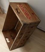 Collection NATURAL : la caisse en bois étoiles rouges