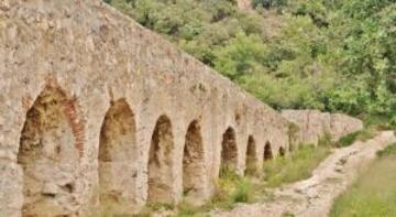 Pont-aqueduc d'Ansignan - Monument à Ansignan