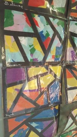 Les vitraux avec du papier de soie