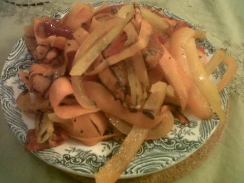 tagliatelles de carottes au trois poivrons