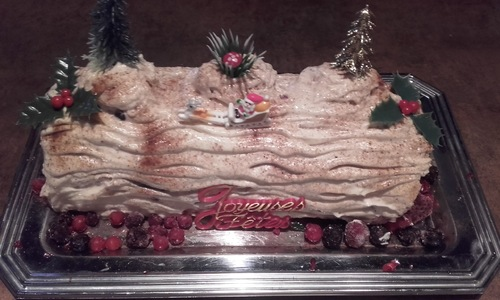 Buche tiramisu aux fruits rouge