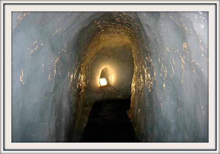 Grotte du glacier de la Chiaupe