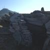 Abri de pierres en arrivant sous le sommet de la Petite Rhune