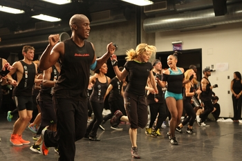 Hard Candy Epix WorkOut with the Queen (1)